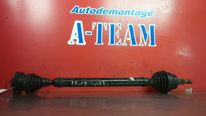Volkswagen Bora (1J2) Sedan 1.6 16V (BCB) DRIVE SHAFT RIGHT FRONT 2000