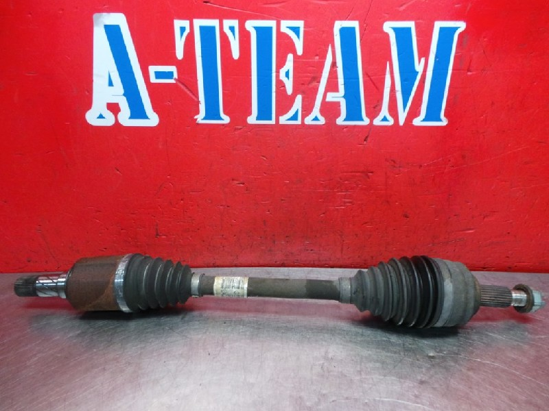 Renault Grand Scénic III (JZ) MPV 1.6 dCi (R9M-A402) DRIVE SHAFT LEFT FRONT 2012  8200725512
