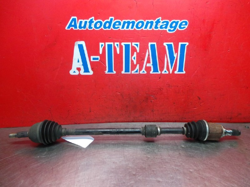 Nissan / Datsun Note (E11) MPV 1.4 16V (CR14DE) DRIVE SHAFT RIGHT FRONT 2008