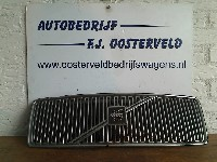 Volvo S80 (TR/TS) 2.4 T Turbo 20V (B5244T3) GRILLE 2002