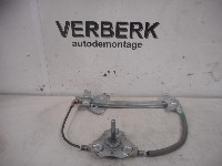Volvo S40 (VS) 1.8 16V Bi-Fuel (B4184S9) WINDOW MECHANISM MANUAL RIGHT REAR 2002